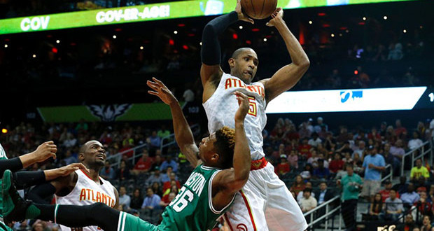 Apr 19, 2016; Atlanta, GA, USA; Atlanta Hawks center Al Horford (15) grabs a pass against against Boston Celtics guard Marcus Smart (36) in the first quarter of game two of the first round of the NBA Playoffs at Philips Arena. Mandatory Credit: Jason Getz-USA TODAY Sports